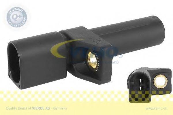VEMO V30720111 Датчик импульсов; Датчик, частота вращения; Датчик импульсов, маховик; Датчик частоты вращения, управление двигателем